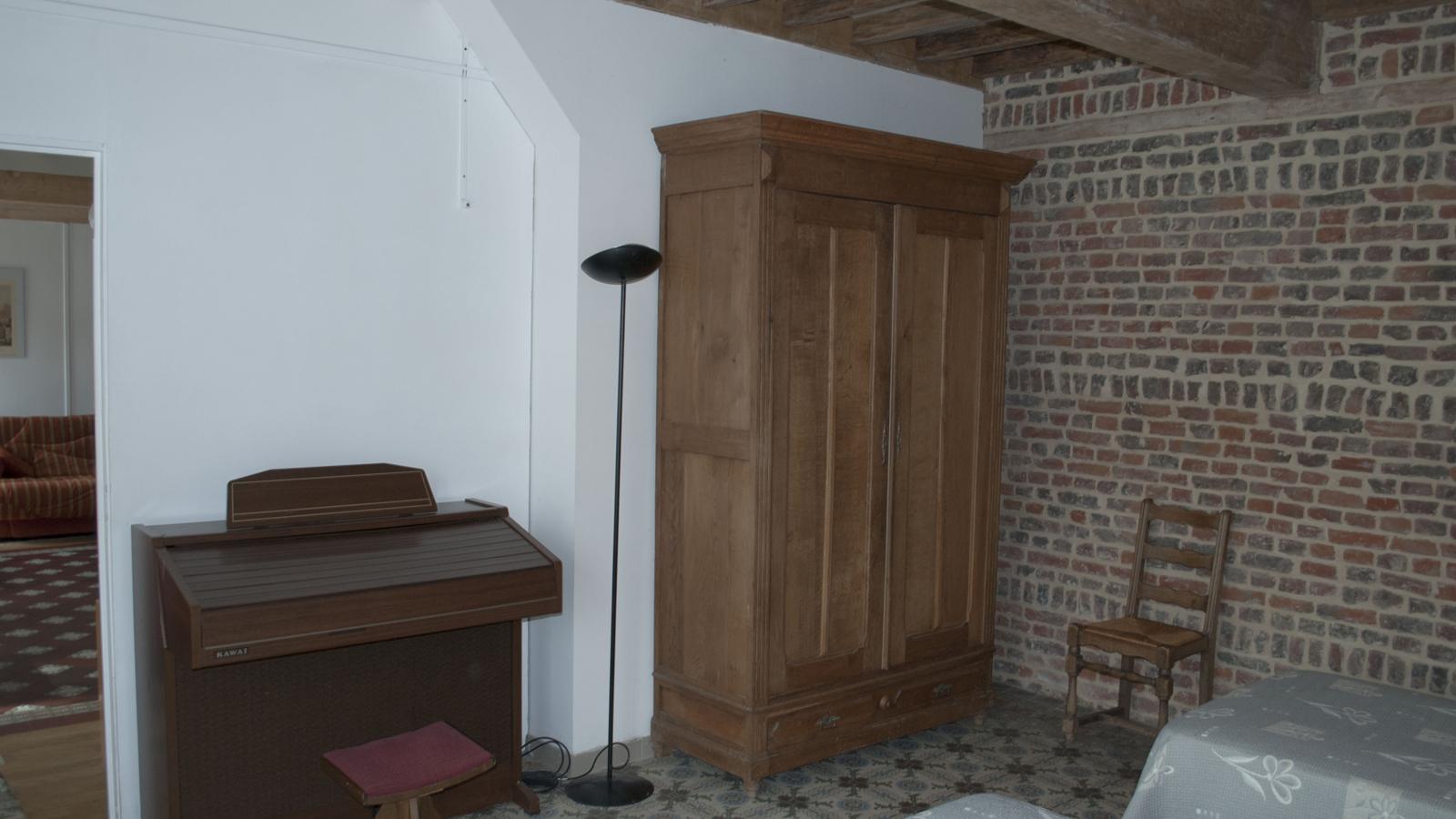 Rez-de-Chaussée - Deuxième Chambre - 2